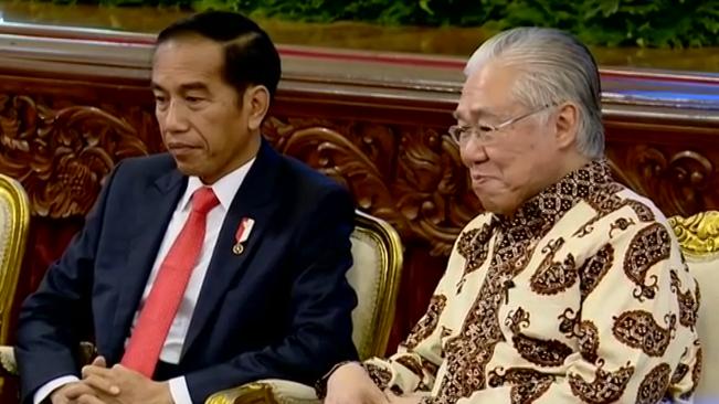 Jokowi: Ekspor RI lesu, mesti ada yang keliru, sektor logistik disoal