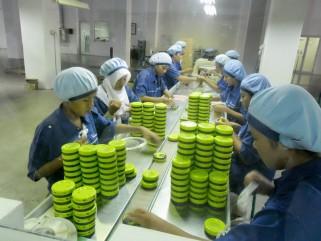 Garam, gula & kosmetik coba bertahan dari gempuran pesaing impor