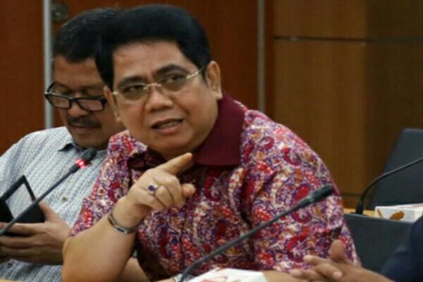'Tindak tegas penghambat beleid relokasi peti kemas'