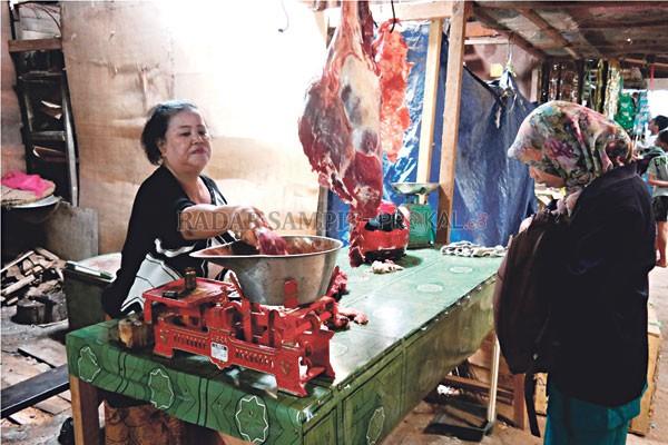 BUMN & BUMD diuntungkan dari impor daging sapi