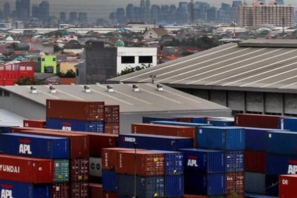 Tarif gudang RI - Singapura bersaing ketat