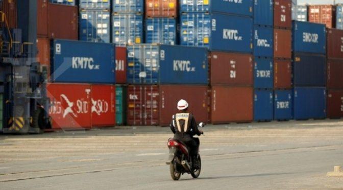 'Stagnasi di terminal peti kemas tak boleh dibiarkan'